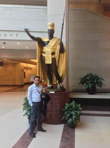 Nagy in front of Kamehameha statue, US Capitol