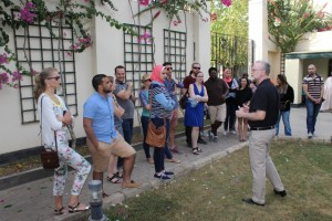 Dr Raymon Johnson addressing Gabr Fellows at Chicago House in Luxor